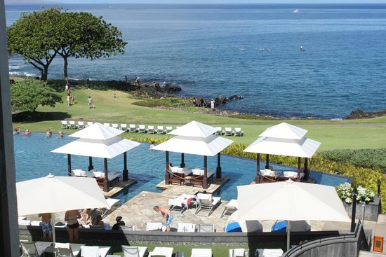 Wailea Beach Marriott Resort & Spa: View over infinity pool