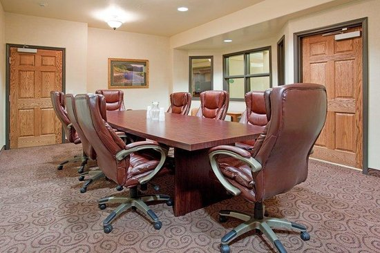 Holiday Inn Express & Suites - Gunnison: Boardroom