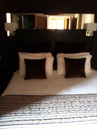 Fraser Suites Glasgow : Camera da letto