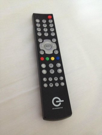 Clarion Hotel Copenhagen Airport : Run down remote control, with no longer readable buttons