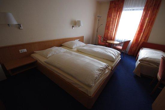 Pflieger Hotel Stuttgart: La stanza tripla