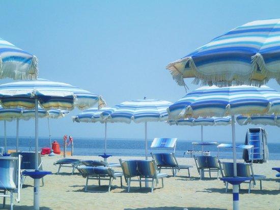 Bagno Dorian : Spiaggia Dorian