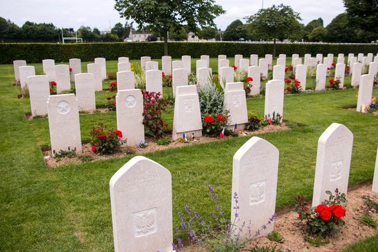British War Cemetery: The international section