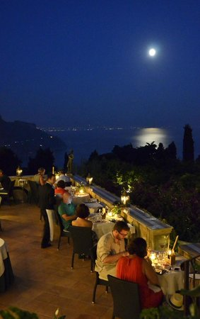 Il Flauto di Pan: Dinner on the terrace