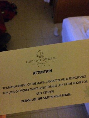 Cretan Dream Royal: Buy the safe key.