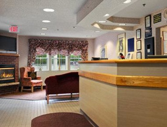 Microtel Inn & Suites by Wyndham Baldwinsville/Syracuse: Lobby