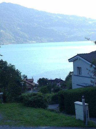 Hotel Restaurant Beatus : vue sur le lac de Thoune