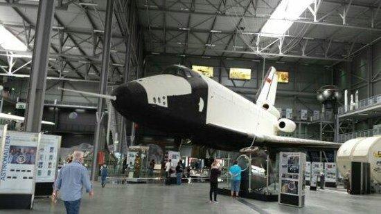 Technik-Museum Speyer: Spare Shuttle !!!! War interessant zu sehen wie es von innen aus sieht.  SUPER!!!!