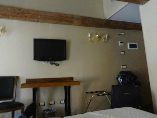 Hotel Paganelli : Habitación
