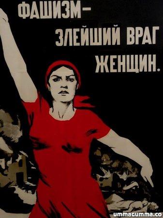 Tate Modern: Russian revolutionary poster.