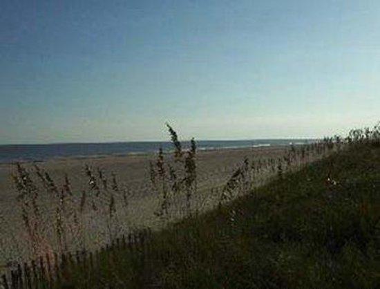 Microtel Inn & Suites by Wyndham Carolina Beach: We are located on Pleasure Island