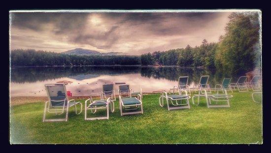 Ridin-Hy Ranch Resort: Ridin Hy beach overlooking lake