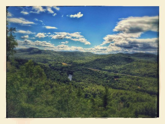 Ridin-Hy Ranch Resort: View from scenic overlook hike