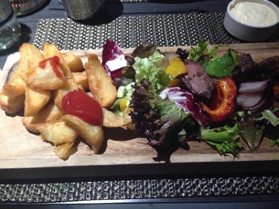 Macdonald Windsor Hotel : Steak skewers