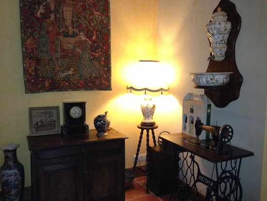 Hotel Tardif Noble Guesthouse : Charm!