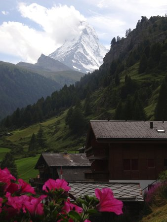 Hotel Alpenrose : Literally the view from our balcony!