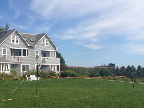 Inn by the Sea: Lawn with badminton, croquet, soccer