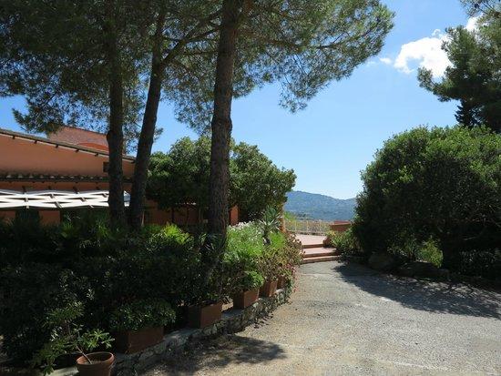 Gavila's Residenza Turistico Alberghiera : immersi nel verde
