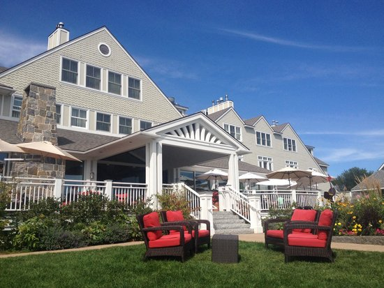 Inn by the Sea: Restaurant deck overlooks lawn with plenty of chairs to hang (or let kids run)