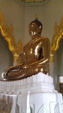 Wat Pho (Tempel des liegenden Buddha): Other Buddahs at the site