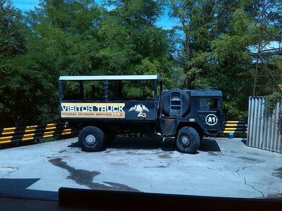 Movieland Park: Camion utilizzato per Magma2…