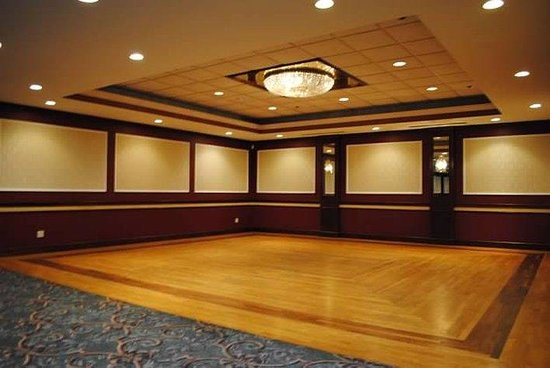 Clarion Inn: Ballroom