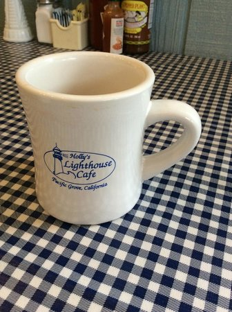 Holly's Lighthouse Cafe : coffee in these great mugs