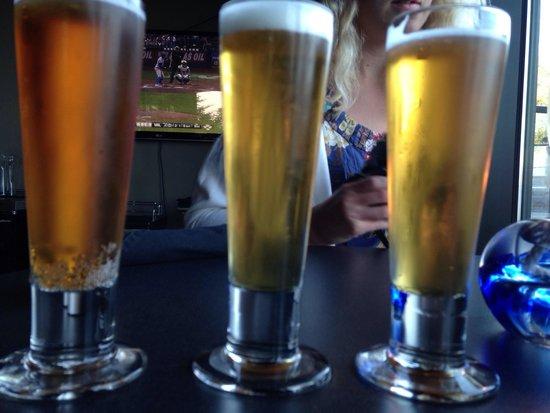 Float Lounge : Beer trio