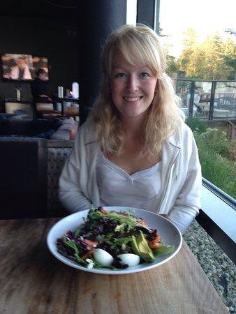 Float Lounge : Salad