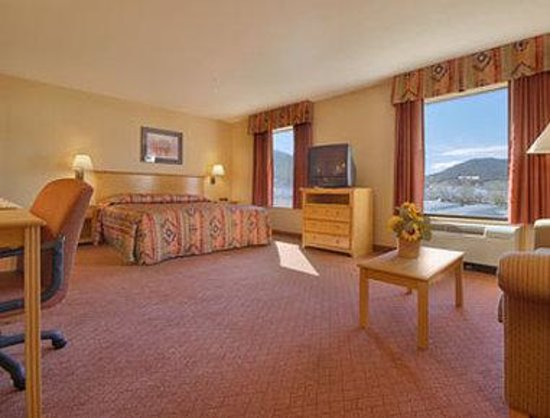 Ramada Ruidoso Downs照片