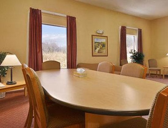 Ramada Ruidoso Downs: Meeting Room
