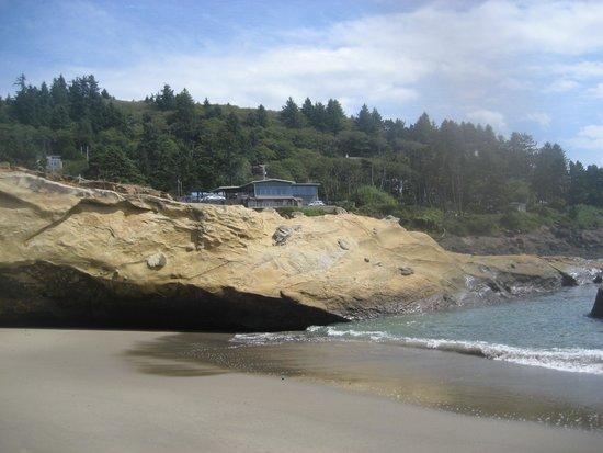 Inn at Arch Rock : Scenic Beach Area