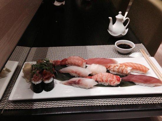 Caparena Sushi & Wine: Sushi mix