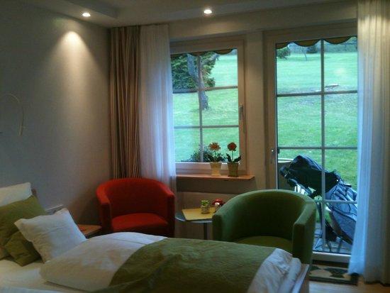 Zum Ochsen: Petite chambre donnant directement sur le golf