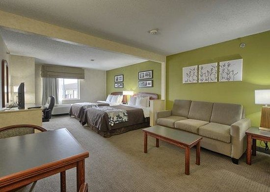 Sleep Inn , Inn & Suites: FLMIDouble Suite