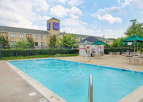 Sleep Inn Shady Grove: pool