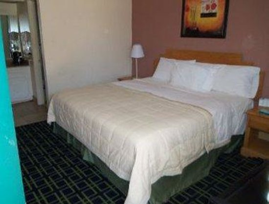 Travelodge Ruidoso : Single One Bed Guest Room