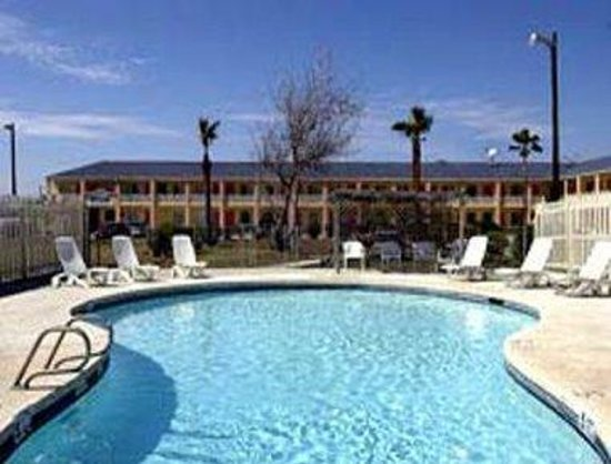 Travelodge Port Aransas: Pool