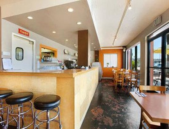 Culver City Travelodge: Restaurant