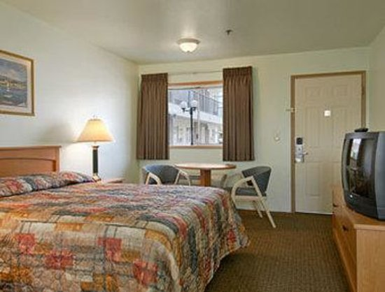 Travelodge Seattle North of Downtown: Standard Queen Bed Room