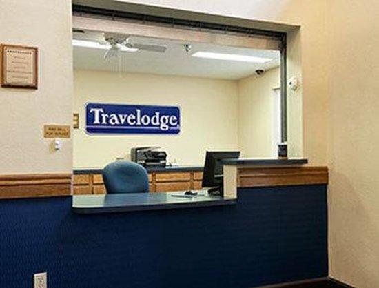 Grand Island Travelodge: Lobby