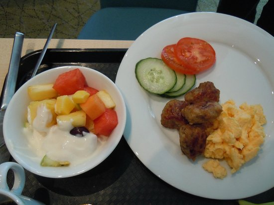 Hampton by Hilton Berlin City West: breakfast