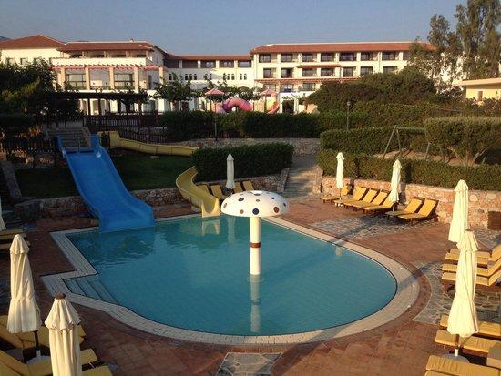 Creta Maris Beach Resort : Kids pool