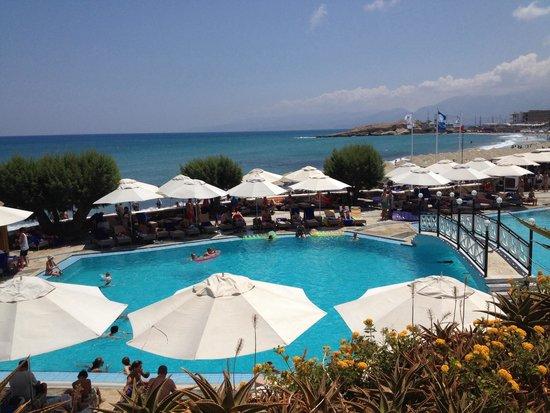 Creta Maris Beach Resort : Main pool