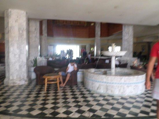El Mouradi Palace: reception