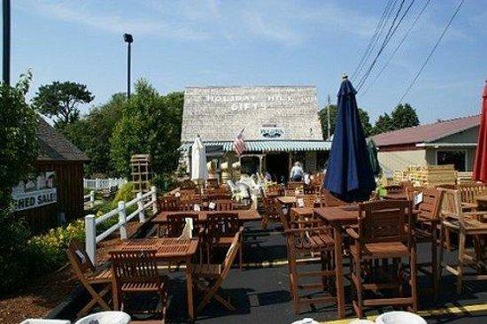 Holiday Hill Motor Inn: Millstoregds