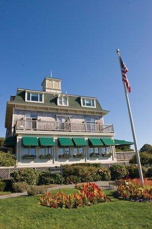 Wyndham Bay Voyage Inn: Exterior