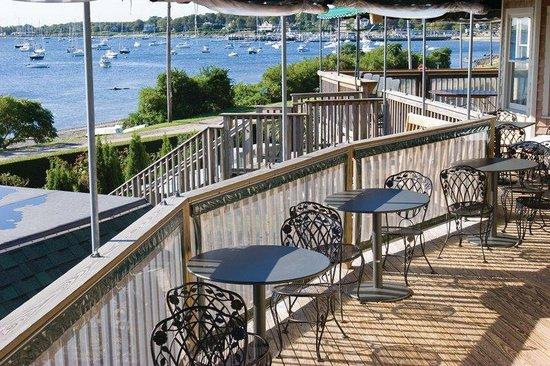 Wyndham Bay Voyage Inn: Patio