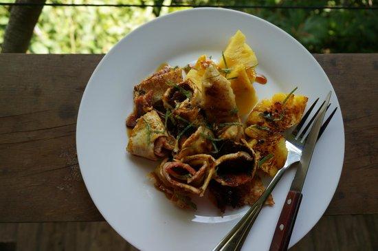 Ka'Kau Jungle Cabinas: Pancake breakfast!