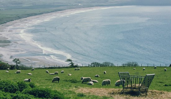 Pen Llyn Bed and Breakfast: Beach area